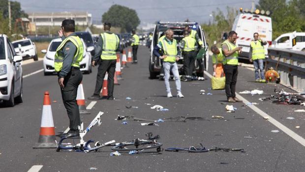 Accidente de un ciclista en Oliva, en imagen de archivo