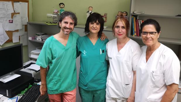 Miembros del equipo médico que ha realizado la intervención en Sagunt