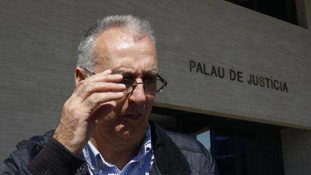 Imagen de archivo de Agustín Navarro tomada a la salida de los juzgados de Benidorm
