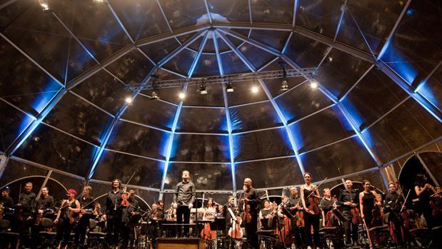 Concierto de la Orquesta de Valencia en la playa de las Arenas
