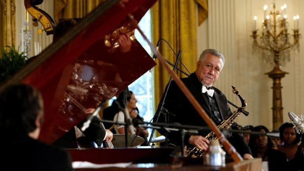 El cubano Paquito D'Rivera al saxofón