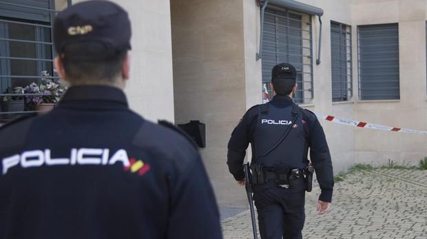 Un vecino alertó a los agentes de una fuerte discusión con golpes e insultos