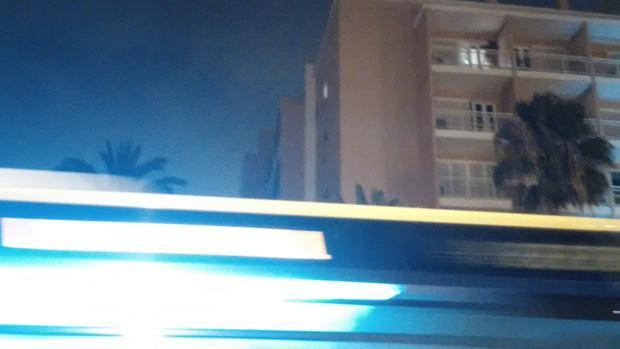 Luz encedida, este mes de agosto en horas de madrugada, en las Oficinas Municipales de Las Palmas
