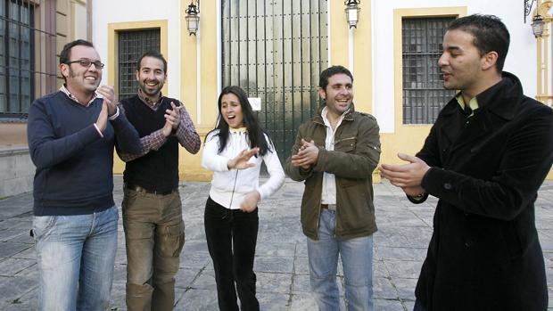 Integrantes del grupo «Raya Real»
