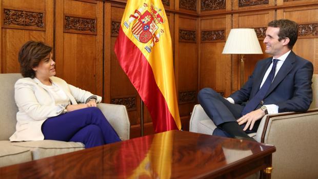 Sáenz de Santamaría y Pablo Casado