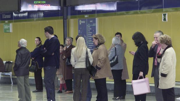 Vecinos y ayuntamientos piden abrir las estaciones «fantasma» de ...