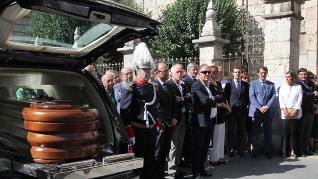 Emotiva despedida en Palencia de su teniente alcalde David Vázquez