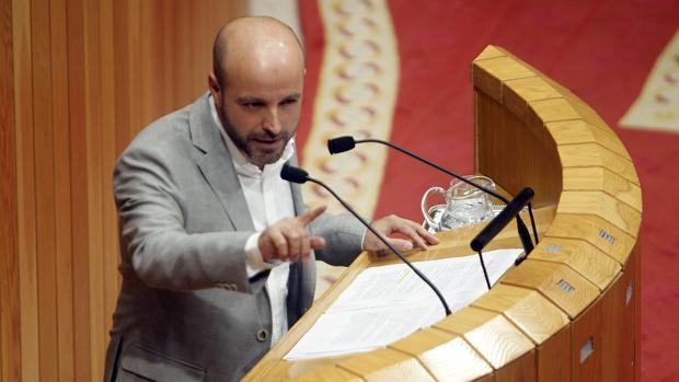 El líder de En Marea, Luís Villares, este martes en el Parlamento