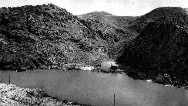 Vista del Arroyo de la Degollada, por cuyos rodaderos subieron al Valle los participantes en la primera edición de la Vuelta a Toledo en 1918 (Foto, Aldus)