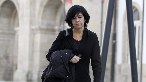 Pilar de Lara, en una imagen de 2014 tras realizar un registro en la Diputación de Lugo, en el marco de la «operación Pulpo»