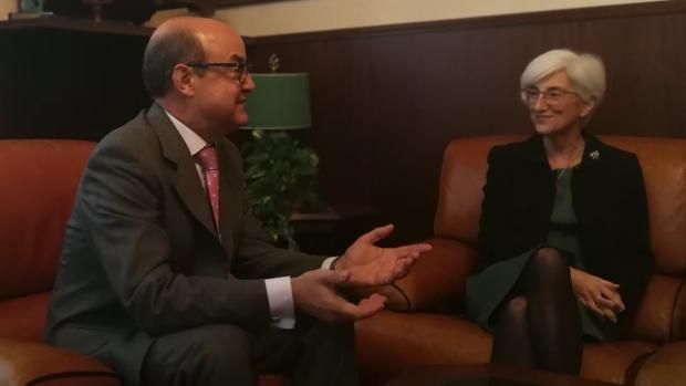 El presidente del TSJC ha recibido esta mañana a la Fiscal General del Estado, María José Segarra, de visita institucional en Barcelona