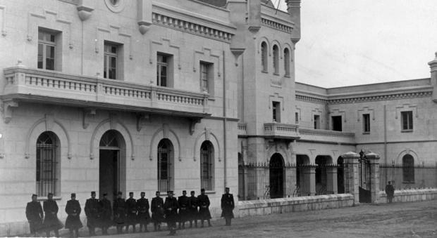 Patio del penal de Ocaña, donde se registró el apuñalamiento de José Díaz (Foto, AMT Colección Alba)