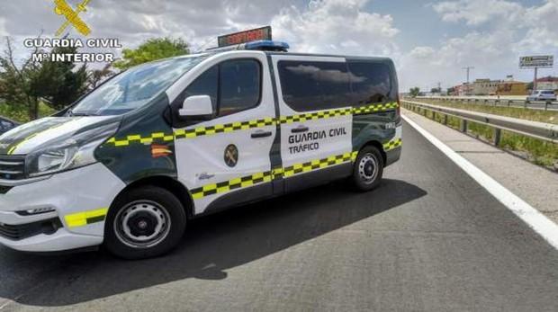 Vehículo de la Guardia Civil de Tráfico