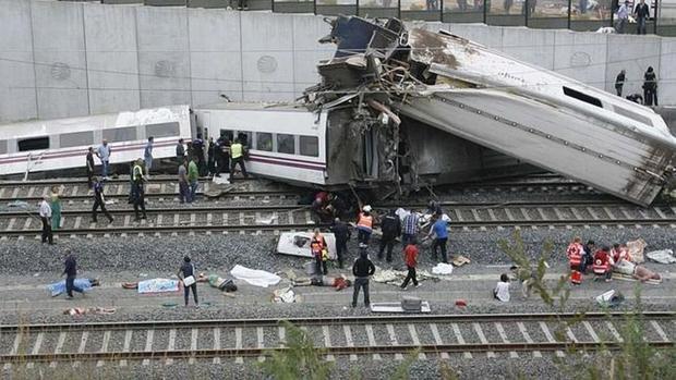 Imagen del accidente, el pasado 24 de julio de 2013 en las inmediaciones de Santiago