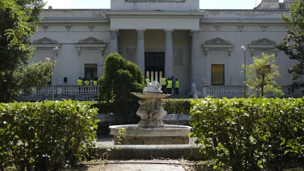 Jardines de la finca Vista Alegre, y fuente de los caballos marinos, reproducción de una que existe en Villa Borghese, en Roma