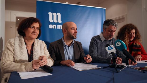 Villares y otros miembros de la dirección de En Marea