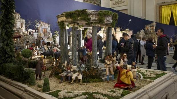 Fotos De Belenes Pequenos.Navidad 2018 19 Ruta Por Los 35 Belenes Mas Iconicos De Madrid
