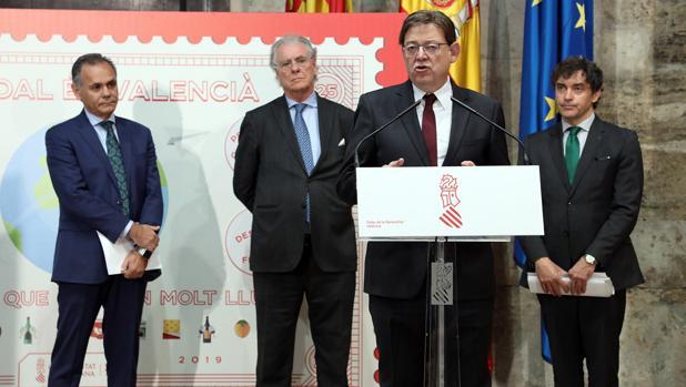 Puig durante la presentación el informe Impactur 2017, junto al presidente de Exceltur y otros directivos
