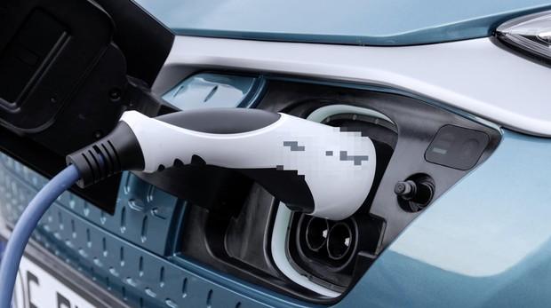 Carga de un coche eléctrico