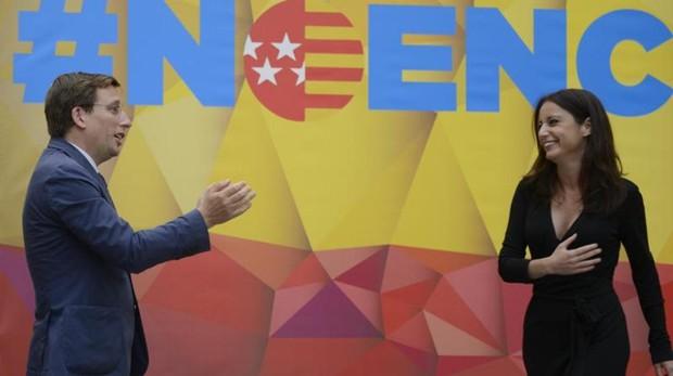 Los caminos de Levy y Martínez-Almeida se cruzaron el 19 e abril de 2017, en un acto en Cibeles promovido por los populares donde trataron de evitar una conferencia de Puigdemont autorizada por Carmena