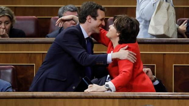 Pablo Casado y Soraya Sáenz de Santamaría, en el Congreso, en una imagen de archivo