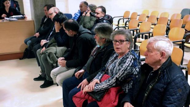 Los acusados de la «operación Trucarro», en el banquillo de la Audiencia Provincial