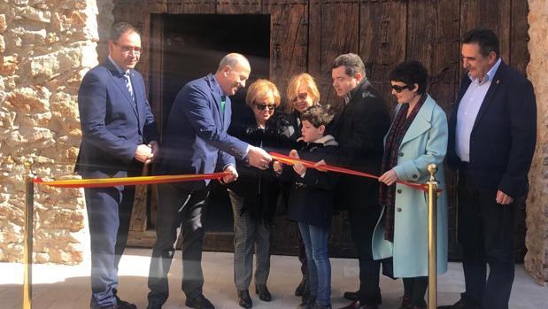 El alcalde, José Manuel Tortosa, y el presidente de la Diputación, Benjamín Prieto, asistieron a la inauguración