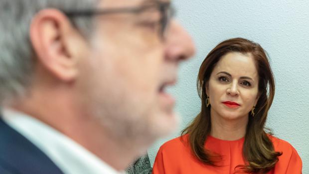 José Manuel Villegas y Silvia Clemente