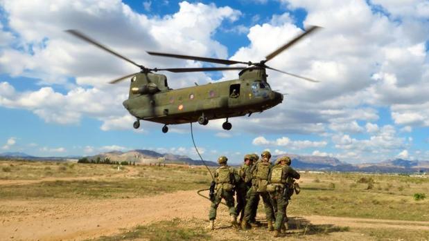 Ejercicio militar reciente en Alicante