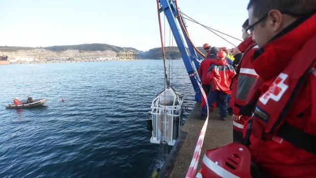 Prácticas de Salvamento Marítimo en la zona en la que aparecieron hoy los hermanos