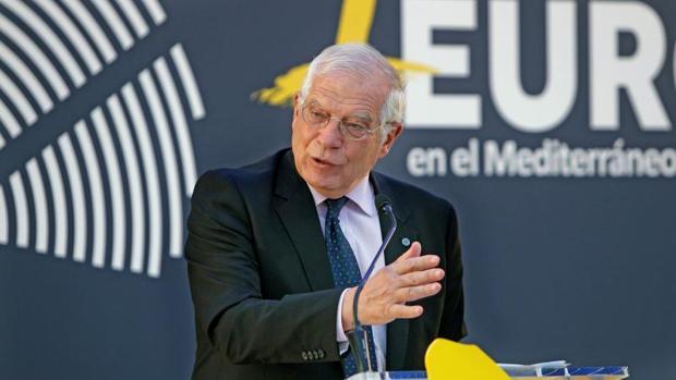 El ministro Josep Borrell, en la Casa Mediterráneo de Alicante, este lunes