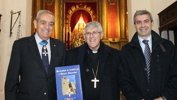 Felipe Jurado, junto a Braulio Rodríguez y Álvaro Gutiérrez