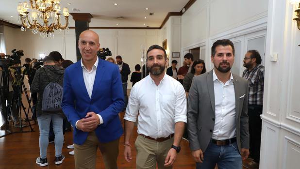 l candidato del PSOE a la Presidencia de la Junta, Luis Tudanca junto con el secretario de Estado para el Avance Digital, Francisco Polo, mantiene un encuentro con representantes del sector tecnológico