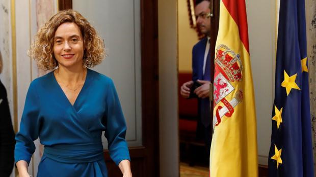 La presidenta del Congreso, Meritxell Batet, durante la rueda de prensa ofrecida ayer en el Congreso