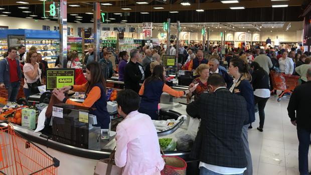 Supermercado inaugurado por Gadis en Benavente (Zamora)