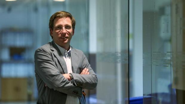José Luis Martínez-Almeida, ayer, en la primera planta de Génova