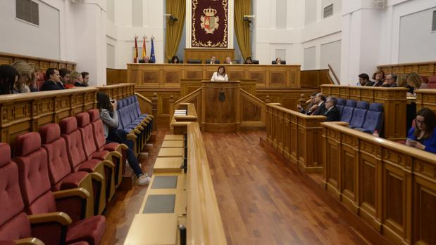Un pleno de la anterior legislatura en las Cortes de Castilla-La Mancha