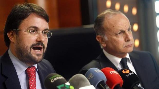 Asier Antona y el negociador del PP de Canarias en los pactos de las islas, el senador Jorge Rodríguez