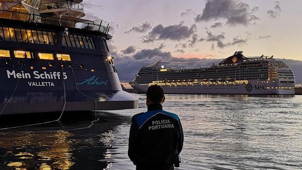 Agente de la Policía Portuaria de Santa Cruz de Tenerife