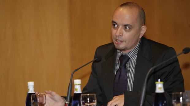González Iglesias, durante la XI Jornada deLiteratura y Periodismo