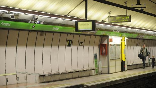 Una estación de la red de Metro de Barcelona, en un día de huelga