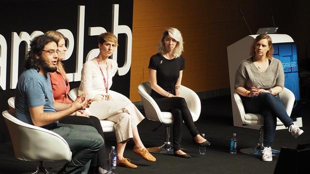 Ponentes de una conferencia del congreso Gamelab 2019
