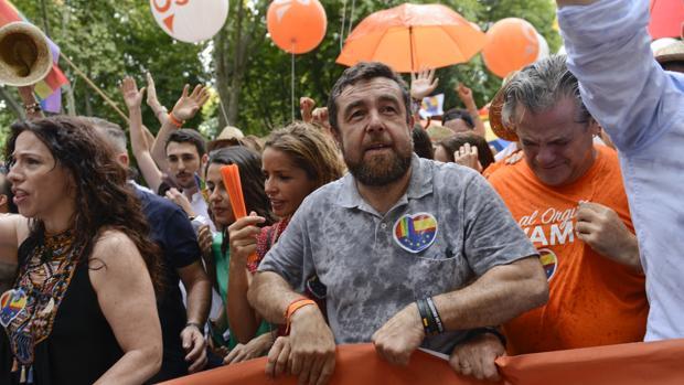 Ciudadanos fue increpado en la manifestación del orgullo lgtb 2019