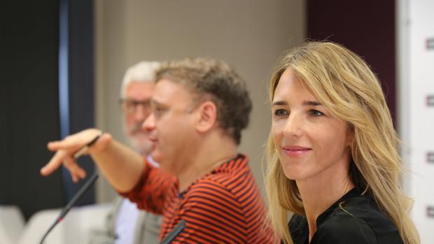 La diputada por Barcelona, Cayetana Álvarez de Toledo, interviene en el Curso sobre los valores de la Transición de la UEMC