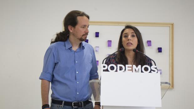 El líder de Podemos, Pablo Iglesias, y la portavoz de Unidas Podemos en el Congreso, Irene Montero