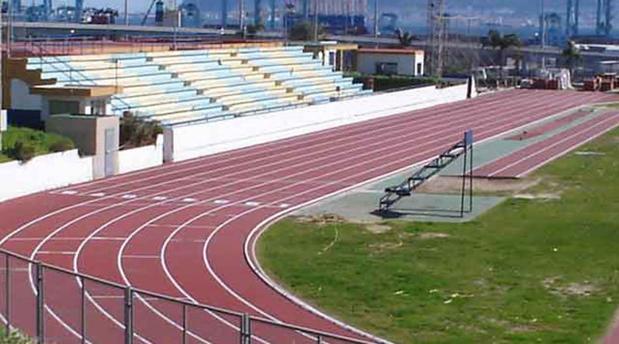 El tartán de la pista de atletismo de Talavera se renovará