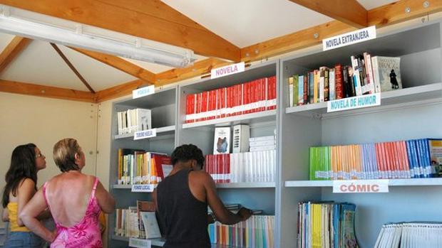 Imagen de archivo de la biblioteca «Bibliomar» en el barrio El Cabañal