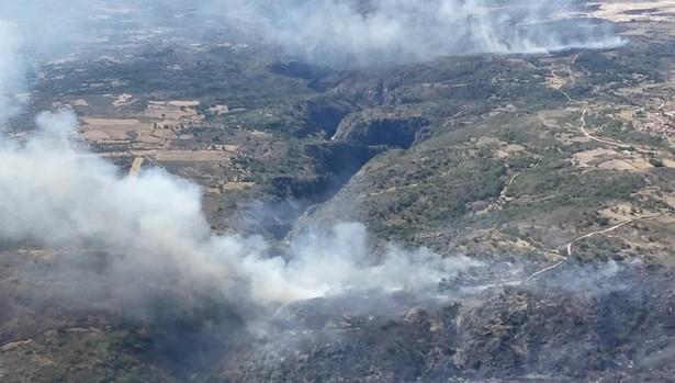 Imagen del incendio registrado en Saldeana Salamanca