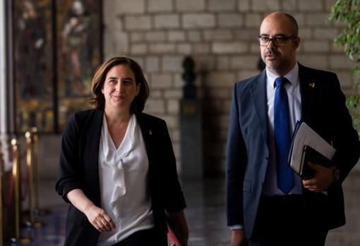 Ada Colau, alcaldesa de Barcelona, y Miquel Buch, consejero de Interior