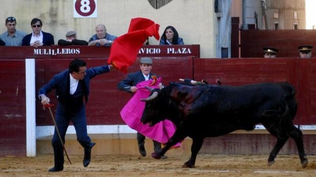 El torero Ortega Cano en la plaza de Alcalá de Henares